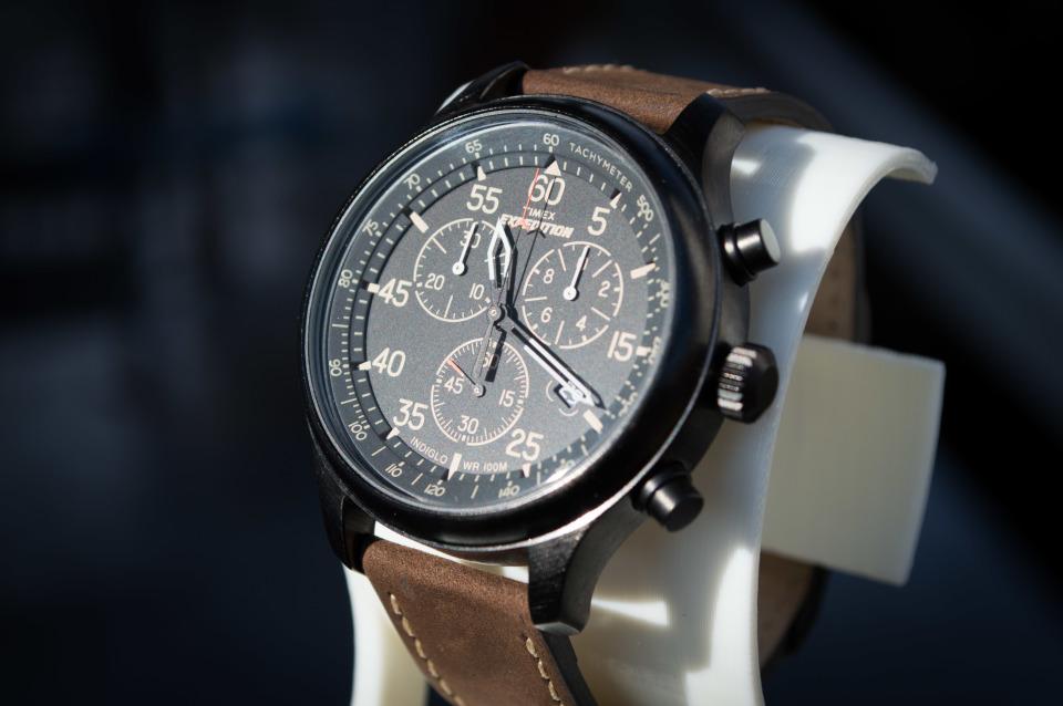 """メンズの""""かっこよさ""""を際立たせる10の腕時計ブランド:フォーマルでも、カジュアルでも 5番目の画像"""