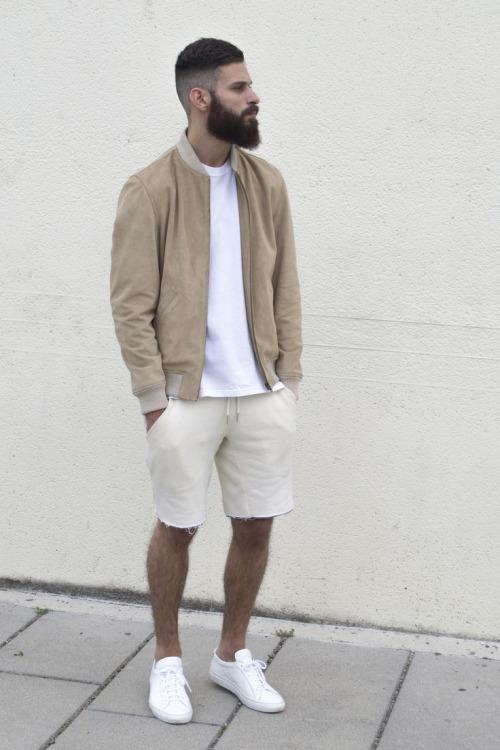 """夏の大人メンズは""""ハーフパンツ""""で爽やかに飾れ! イマドキのおしゃれな着こなしは""""膝上丈""""が正解 12番目の画像"""