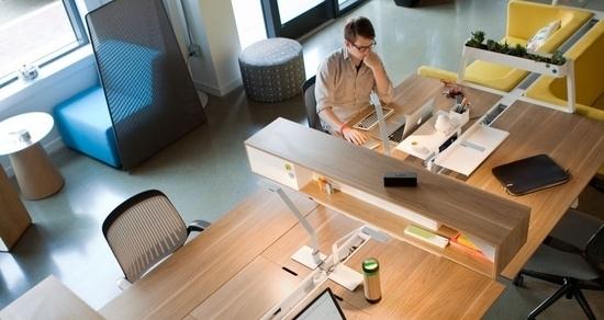 仕事がはかどる「デスク整理術」:できる男のデスクは、自分だけのオフィスビルだと思え。 7番目の画像