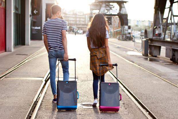 """海外出張のパートナーにしたい5つのおすすめ""""スーツケース""""ブランド:デザインも、機能性も。 1番目の画像"""