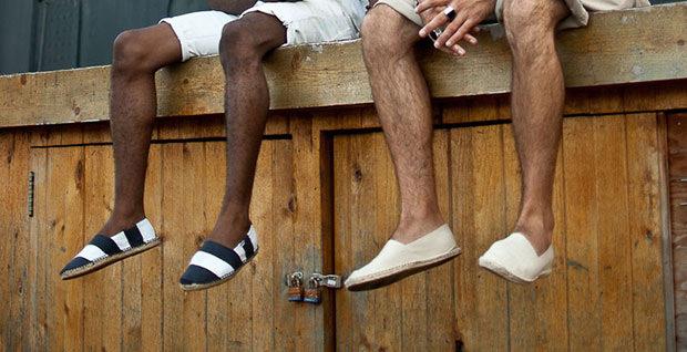 """大人メンズならこの""""夏靴""""で爽やかに飾るべし。今夏にコーディネートしたい5つの夏靴 1番目の画像"""
