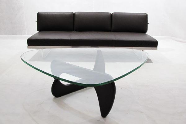 おしゃれで存在感のある7つの珈琲テーブル:大人のビジネスマンだからこそ、コーヒータイムも拘りたい 4番目の画像