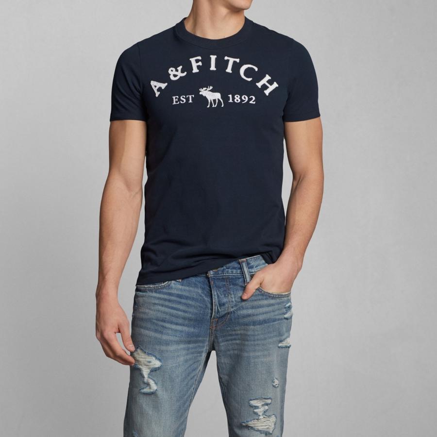 """夏でもクールに決めろ! メンズに人気の""""Tシャツ""""を着こなして、一気に夏の主役に躍り出る。 3番目の画像"""
