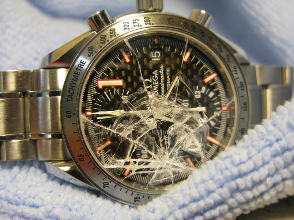 お気に入りの腕時計のガラス、傷ついてない? 腕時計のガラス交換の基礎知識 1番目の画像