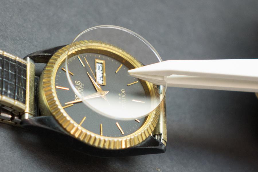 お気に入りの腕時計のガラス、傷ついてない? 腕時計のガラス交換の基礎知識 2番目の画像