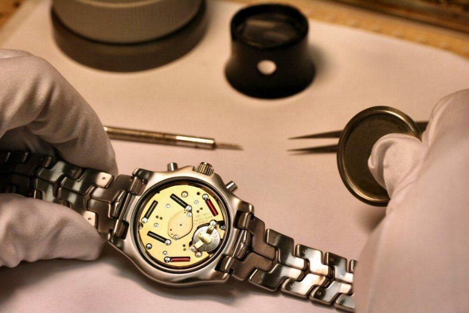 お気に入りの腕時計のガラス、傷ついてない? 腕時計のガラス交換の基礎知識 4番目の画像