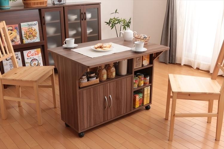 おしゃれで機能的な10台のキッチンワゴン:プラスαの家具、キッチンワゴンを置いてみる 4番目の画像