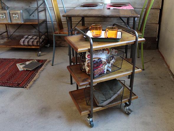 おしゃれで機能的な10台のキッチンワゴン:プラスαの家具、キッチンワゴンを置いてみる 12番目の画像