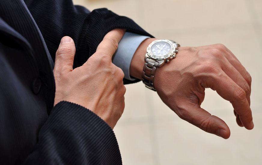 """腕時計はビジネスマンにとって""""商売道具""""である! だからこそ腕時計にはとことんこだわりたい。 3番目の画像"""