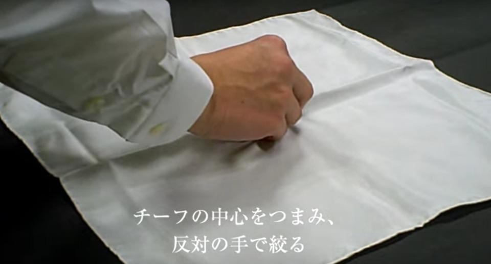 """結婚式やパーティーに:""""ポケットチーフ""""完全保存版! 18番目の画像"""