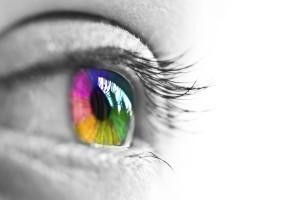 """皮膚にも""""色の認識能力""""が! 科学と心理学を活用したファッションとは? 3番目の画像"""
