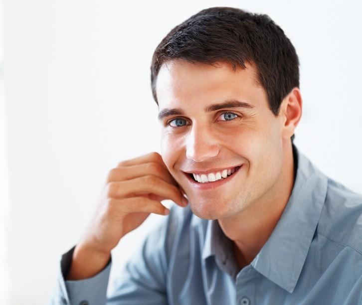 なぜ仕事ができる人は「歯が白い」のか? 歯を白くする4つの基本と意外な食べ物 1番目の画像