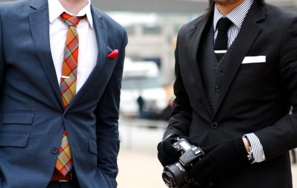 """「本当の服好き」が選ぶシャツ、それが""""ナポリシャツ"""":大きく高い襟で上品なスタイルを実現せよ。 1番目の画像"""