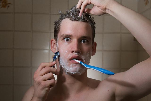 """ビジネスマンのための「まゆ毛・ヒゲ・鼻毛パーフェクトガイド」:""""真の清潔感""""を手に入れろ!  1番目の画像"""