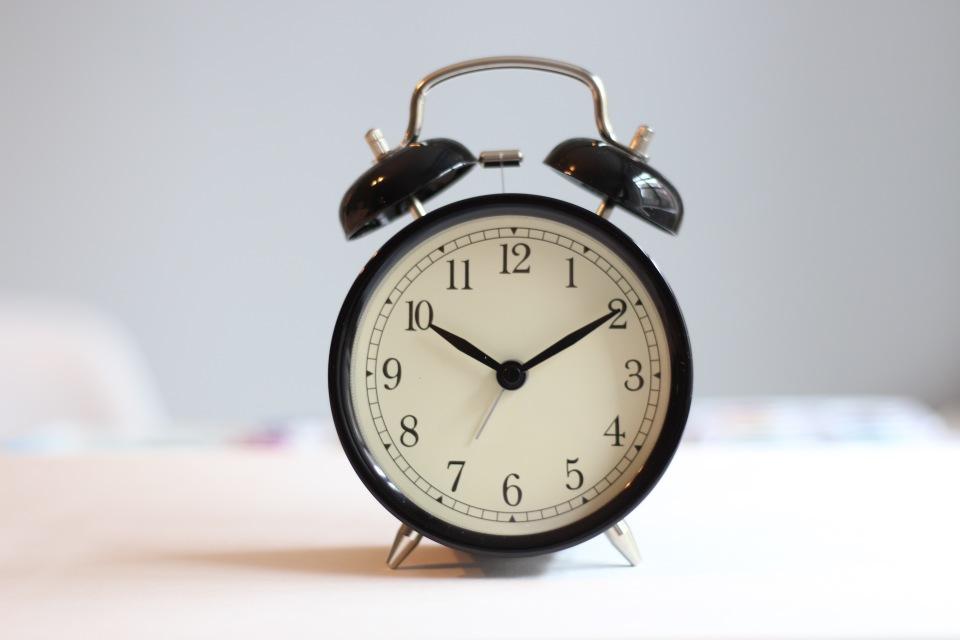 目覚めを良くする! 目覚まし時計はレム睡眠中に鳴らすべし! 1番目の画像