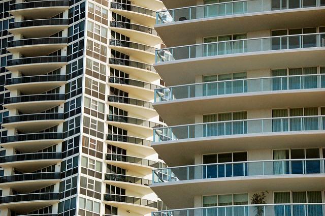 """人生最大の買い物と言われる""""住宅購入"""" :「マンション or 一戸建ての悩み」をFPが徹底解説 1番目の画像"""
