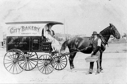 ロバのパン屋さん・電話交換手・カストリ雑誌業……:20代が知らない「昭和の消えた職業」 2番目の画像
