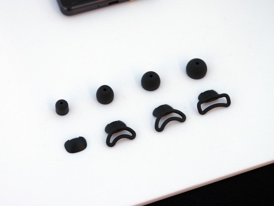 """""""いつも耳元にいてくれる""""音声アシスタント:「Xperia Ear」が示すスマホのミライ 7番目の画像"""
