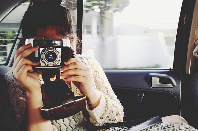 """セルフィー世代には新鮮な""""使い捨てカメラ"""":「写ルンです」の人気が再燃している理由 3番目の画像"""