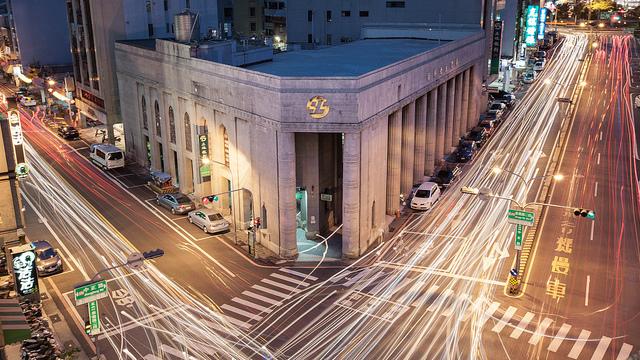 """多くの企業が我先と参入する""""Fintech """":革新を遂げる金融サービスの未来を探る 2番目の画像"""