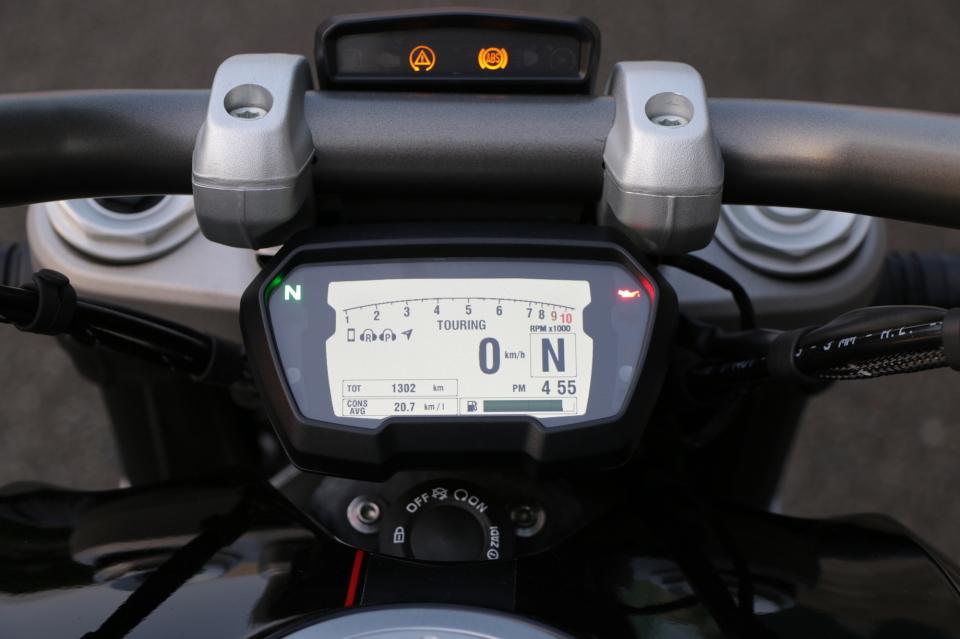 """""""ハーレー""""とは一線を画すスポーツ性! ドゥカティ「XDiavel S」に乗って感じたこと 6番目の画像"""