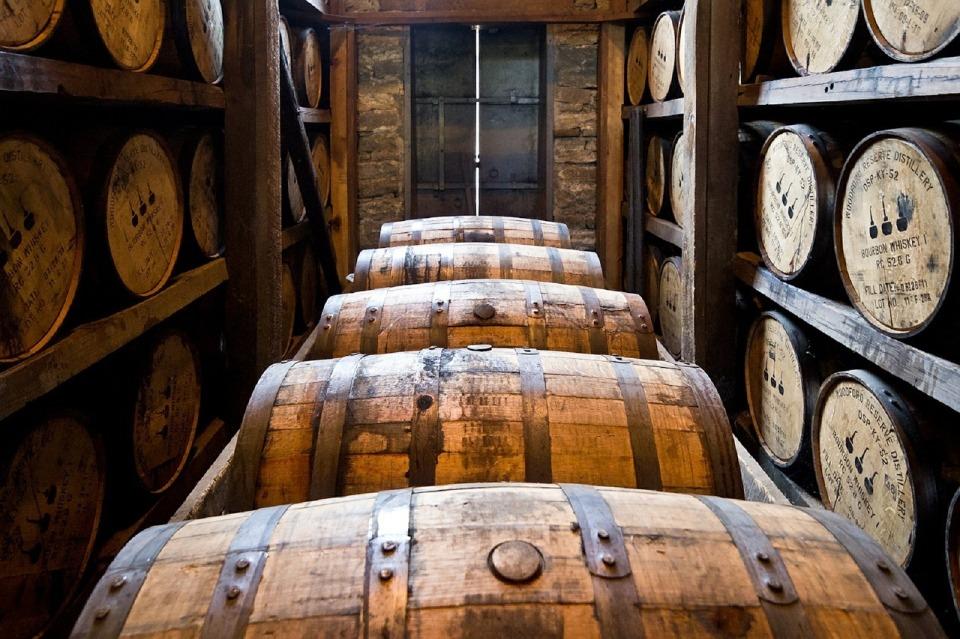 蒸留酒と醸造酒の違い説明できる? 忘年会シーズンに知っておくべき、二日酔いしにくいお酒を紹介! 3番目の画像
