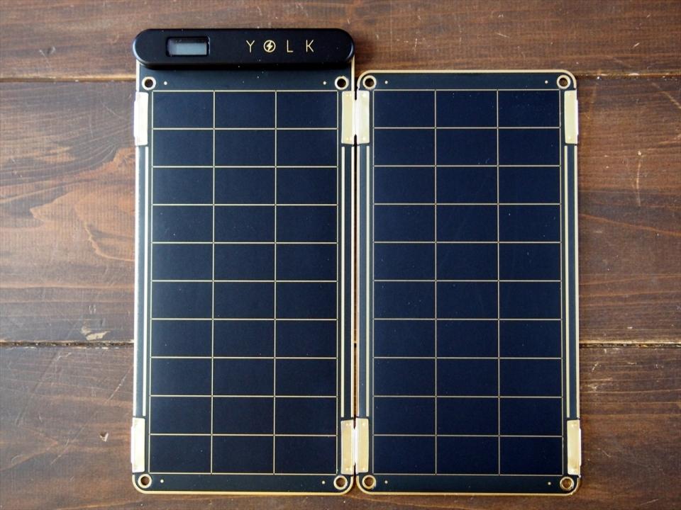太陽光で充電可能で災害時も安心!スマホに使えるソーラー充電器「Solar Paper」レビュー 1番目の画像