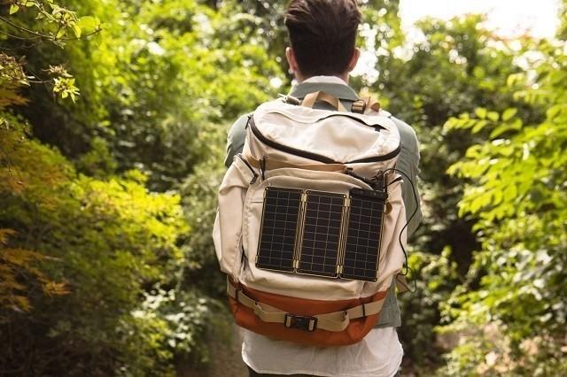 太陽光で充電可能で災害時も安心!スマホに使えるソーラー充電器「Solar Paper」レビュー 6番目の画像