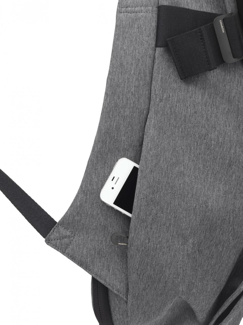 今、ビジネスマンが最も使うべきリュック:スーツに映える「cote&ciel」の革新的なデザイン 7番目の画像