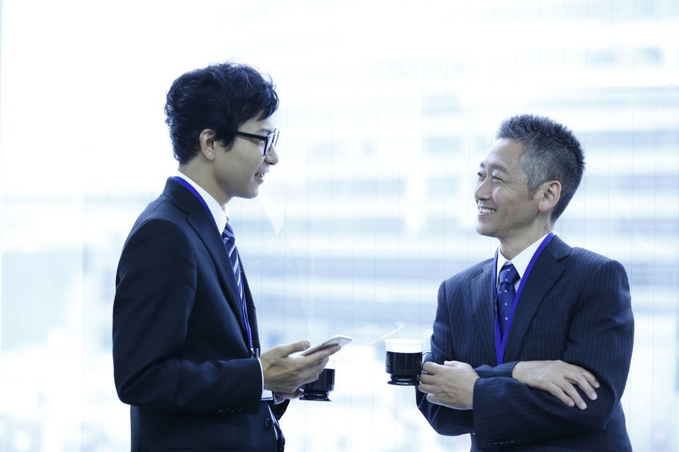 その「常識」は本当に正しい?日本社会に浸透するビジネスマナー・しぐさを検証してみる 2番目の画像