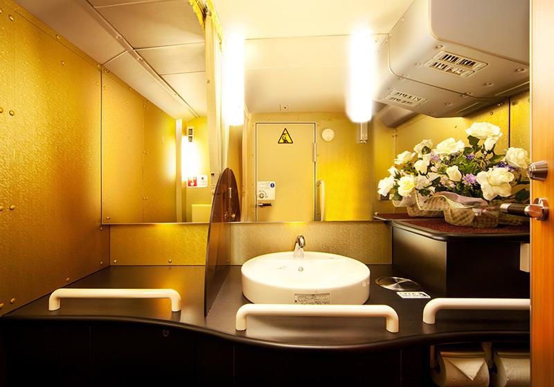 """ゼログラビティシートを備えた""""走るホテル"""":「完全個室」の豪華夜行バスが運行開始! 5番目の画像"""