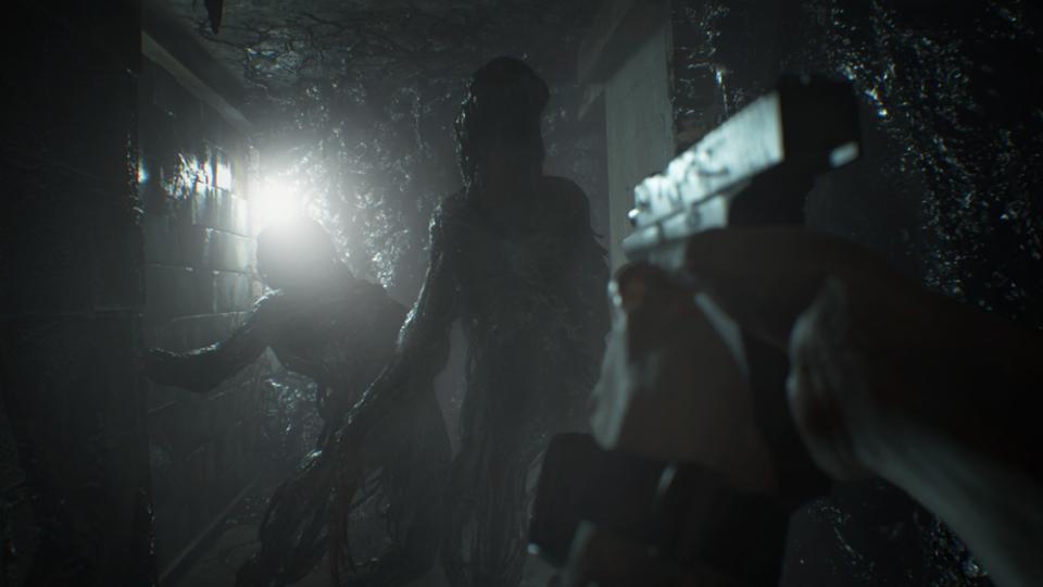 PS VR対応、あまりの恐怖に脳が痺れる!:『バイオハザード7 レジデント イービル』 8番目の画像