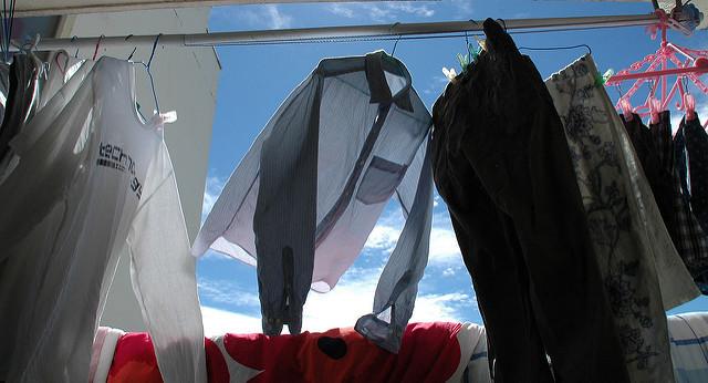 正しい洗濯方法を知ってる? 新「洗濯表示」をマスターして洋服の寿命をプラス1年延ばす! 1番目の画像