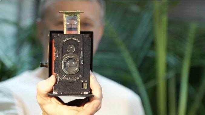 アナログファン垂涎! ダンボールでできたレトロなインスタントカメラ「Jollylook」 4番目の画像