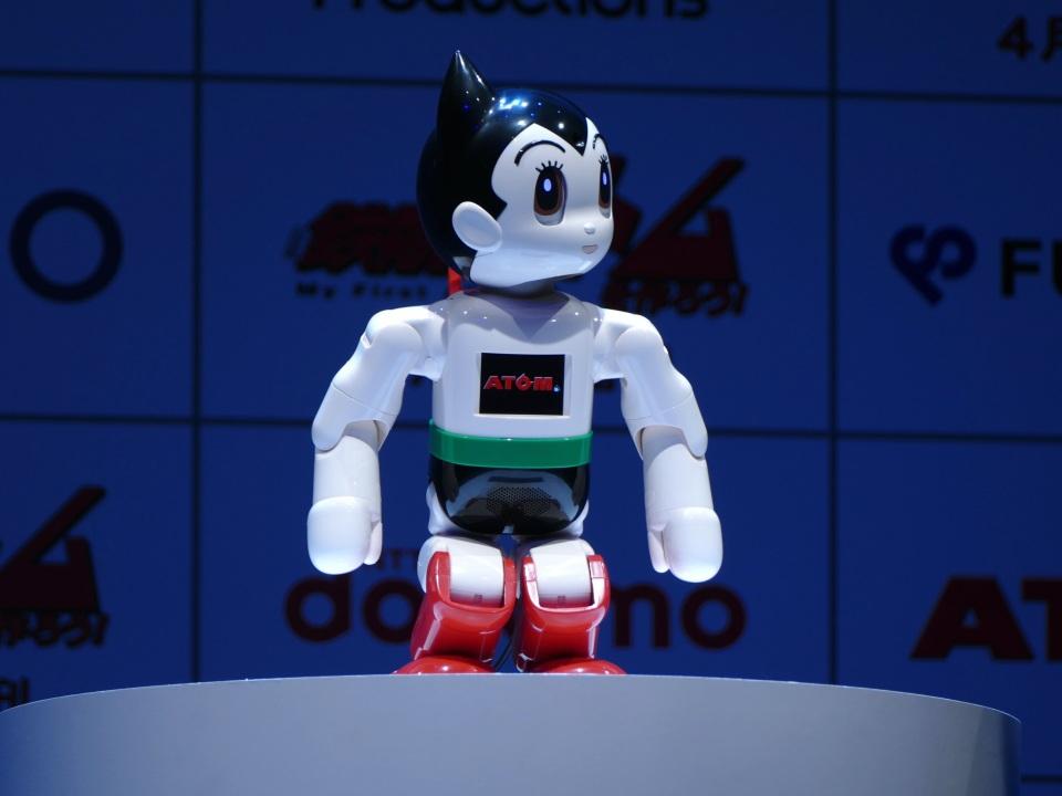 自分の手で鉄腕アトムを組み立てる!コミュニケーションロボット「ATOM」誕生 1番目の画像