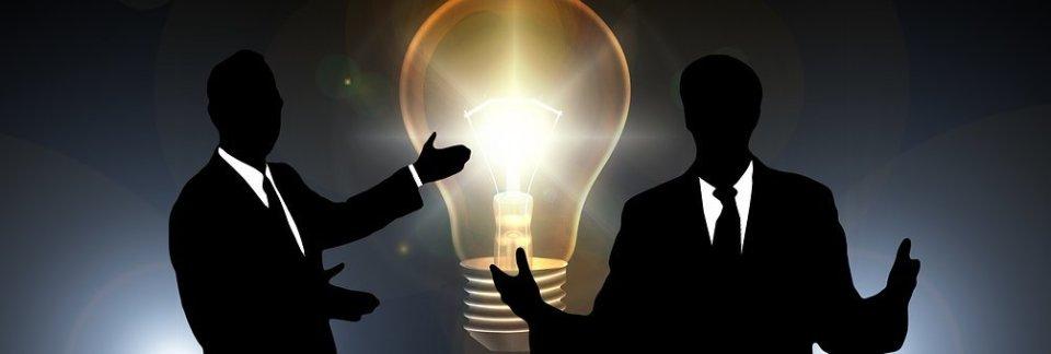 【若手ビジネスマン必見】上司と来客、どちらを優先する? 入社前に知っておきたいシーン別対応術 2番目の画像