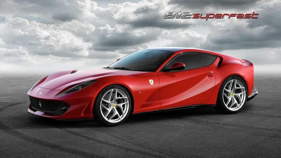 史上最強のエンジンを搭載したフロント・ミッドシップのフェラーリ「812 Superfast」爆誕 1番目の画像