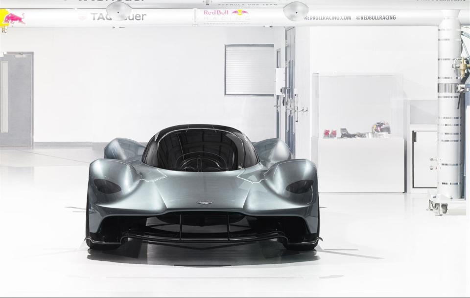 アストンマーティン×レッドブル! 豪華製作陣のハイパフォーマンスカー「AM-RB 001」 6番目の画像