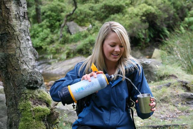 アウトドアや防災グッズに最適! 英国軍が採用する携帯浄水器「ライフセーバーボトル」 2番目の画像