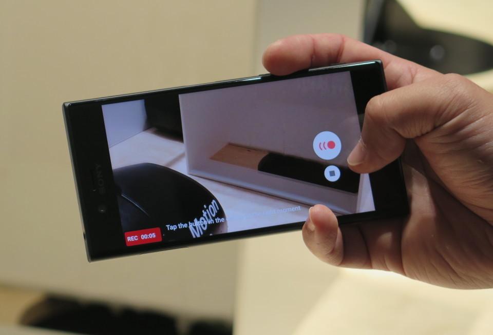 世界最大のモバイル展示会「MWC 2017」で日本発売が期待されるスマートフォンを速攻レビュー! 4番目の画像