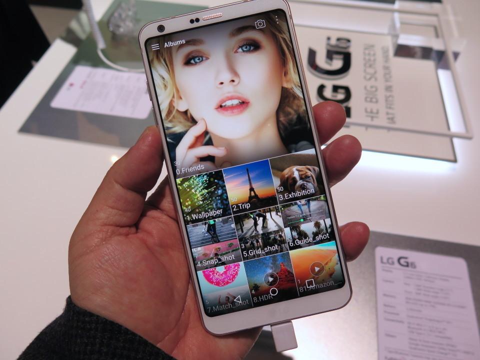 世界最大のモバイル展示会「MWC 2017」で日本発売が期待されるスマートフォンを速攻レビュー! 14番目の画像