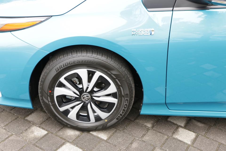 トヨタ「プリウスPHV」試乗レビュー:「プリウスの正常進化型はこちらかもしれない」と感じた理由 9番目の画像