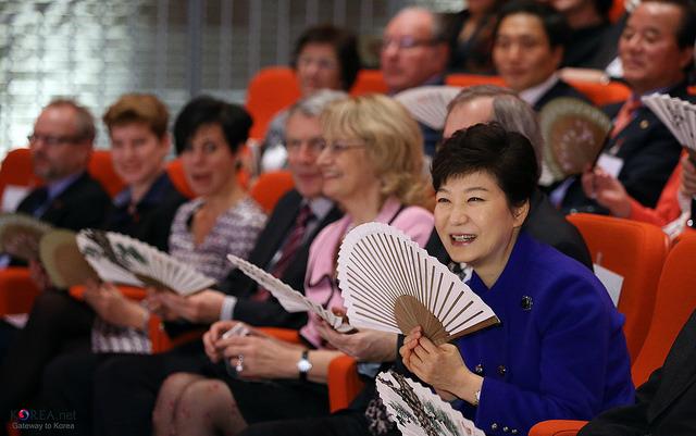 【速報】韓国憲法裁判所「弾劾妥当」:韓国・朴大統領の罷免が決定 1番目の画像