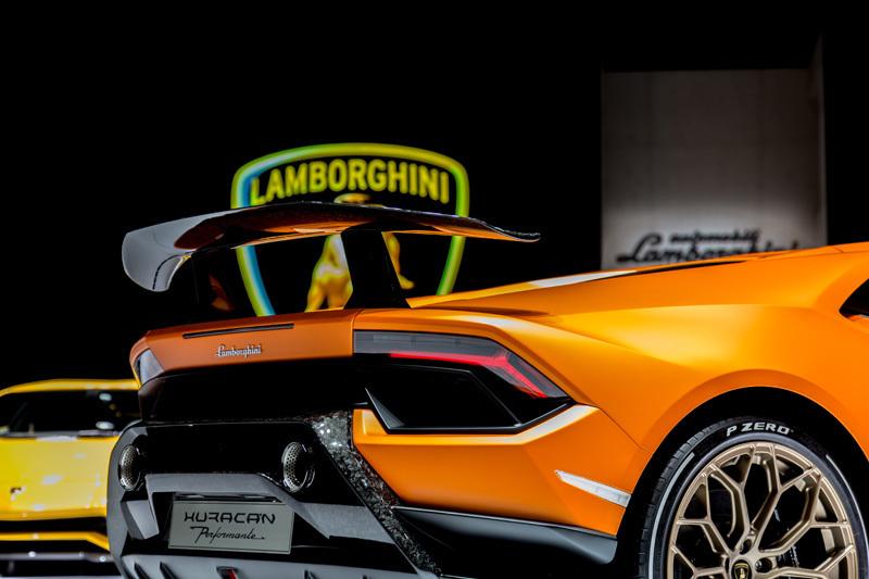 量産車世界最速!ランボルギーニ新型「ウラカン・ペルフォルマンテ」は2017年夏頃から納車スタート 3番目の画像