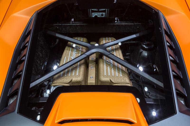 量産車世界最速!ランボルギーニ新型「ウラカン・ペルフォルマンテ」は2017年夏頃から納車スタート 6番目の画像