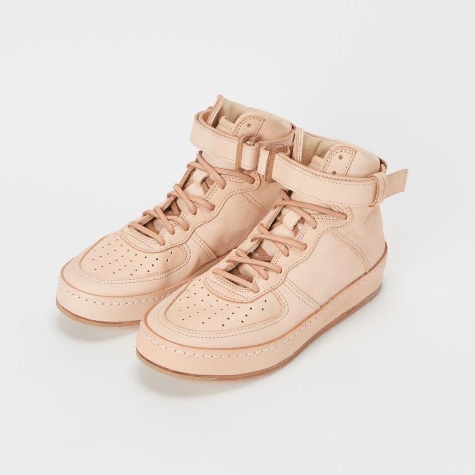 浅草は靴のメッカだった!「Hender Scheme」のレーザースニーカーで人と差をつけたい 4番目の画像
