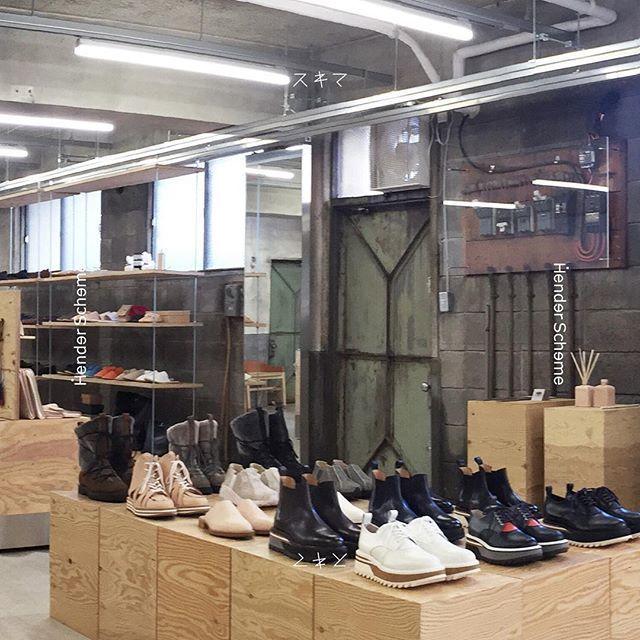 浅草は靴のメッカだった!「Hender Scheme」のレーザースニーカーで人と差をつけたい 1番目の画像