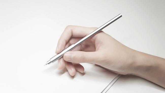 数々のデザイン賞を受賞した、驚愕の細さのペン「Pen UNO」が比類なき書き味を提供する 1番目の画像