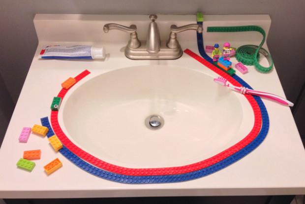 レゴブロックがテープになった「Nimuno Loops」は遊び方無限大だった! 2番目の画像