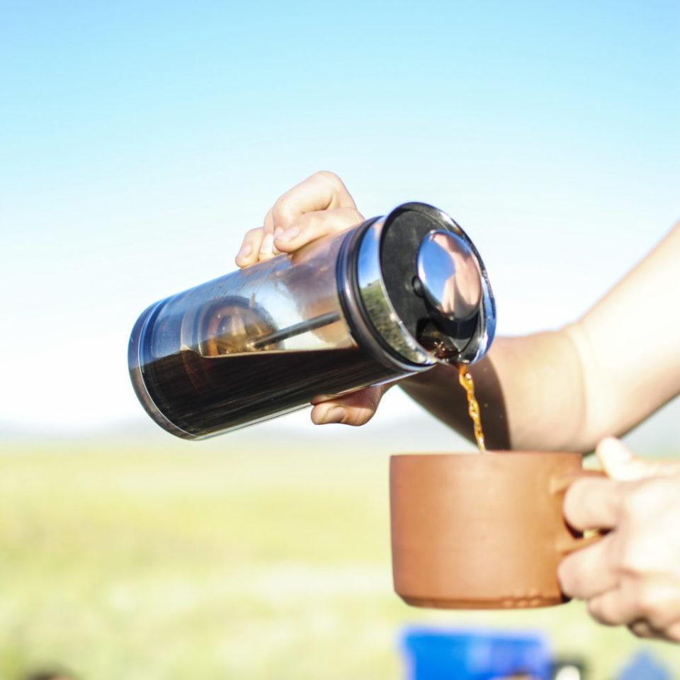 出勤前にホッと一息。3ステップで本格コーヒーを淹れる「American Press」 5番目の画像
